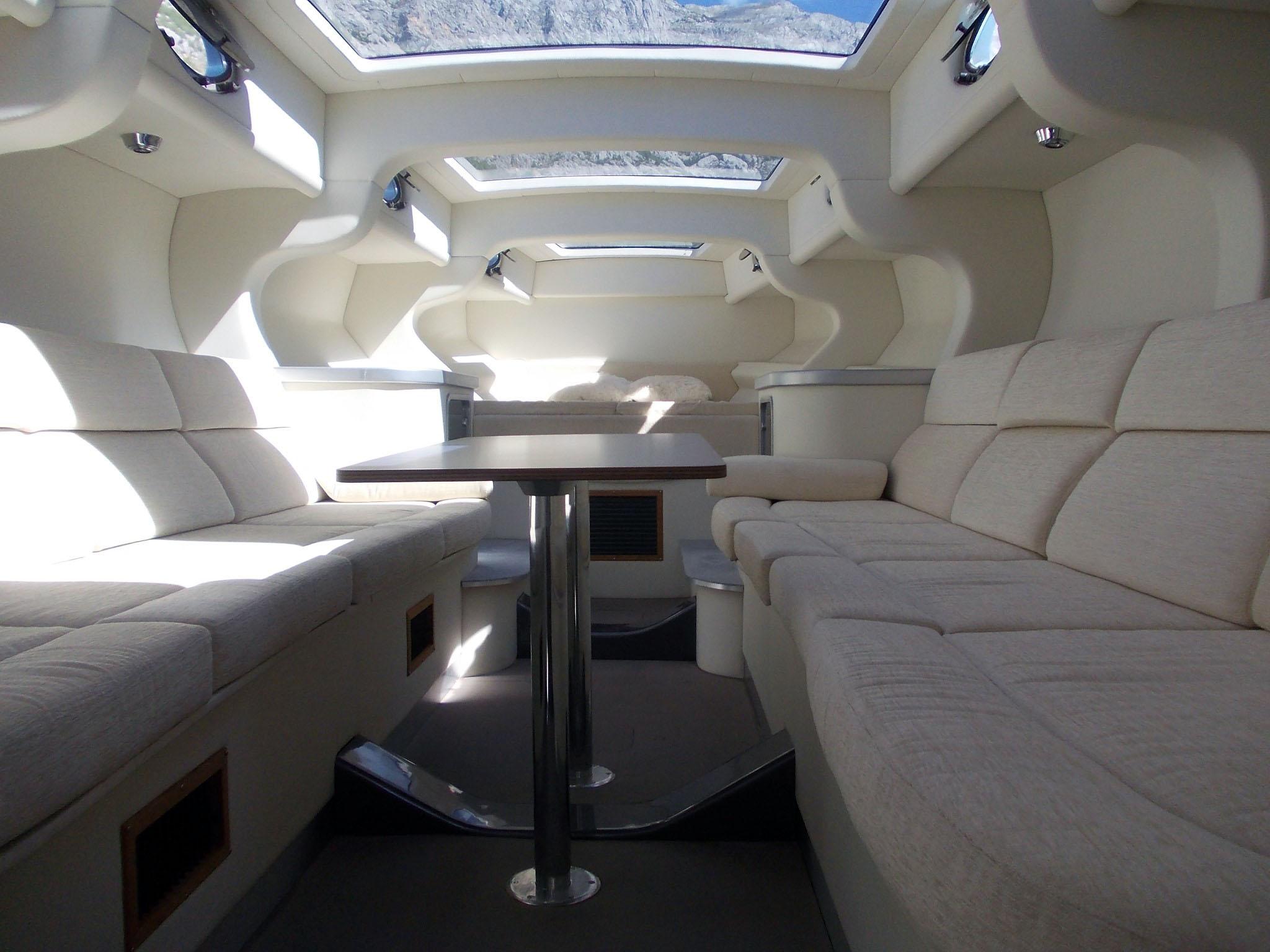 Arredamento di interni yachtpro solutions d o o for Arredamento di interni